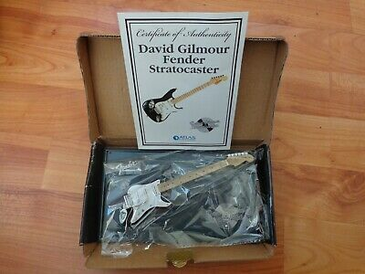Atlas Editions - David Gilmour Fender Stratocaster Mini Guitar Replica Model • 29.99£