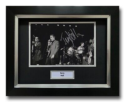 Terry Hall Hand Signed Framed Photo Display - The Specials - Music Autograph. • 124.99£