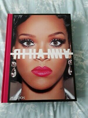 Rihanna - SIGNED Visual Autobiography Photography Book - Limited Edition • 245£