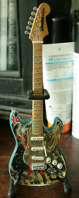 Iron Maiden Miniature Guitar & Stand - Number Of The Beast Art • 5£