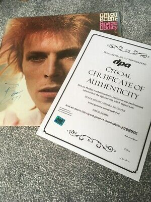 David Bowie Space Oddity LP Cover SIGNED • 50£