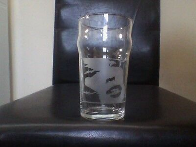 Kylie Minogue Engraved Etched Beer  Pint  Glass • 10.99£