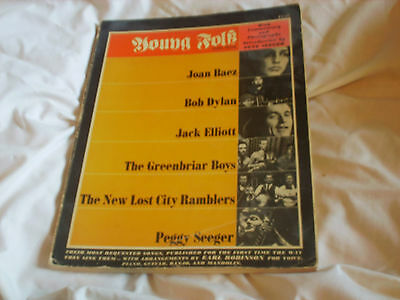 Young Folk Song Book: Dylan, Baez, Seeger • 14.99£