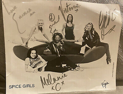 Signed Photo, All 5 Spice Girls Collectable 1997 • 50£