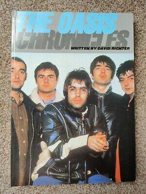 The Oasis Chronicles 1997 Book • 8£