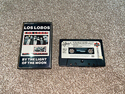 Los Lobos - By The Light Of The Moon Cassette Tape • 4.75£