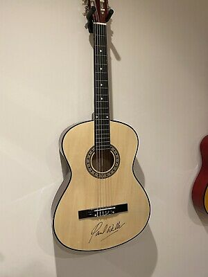 Signed Paul Weller Guitar With Certificate Of Authenticity • 141£
