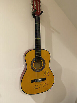 Oasis Signed Guitar With Certificate Of Authenticity • 112£
