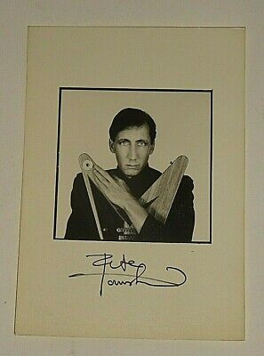 PETE TOWNSHEND C.1982 PUBLICITY PHOTOGRAPH With Printed Signature [also The Who] • 2.49£
