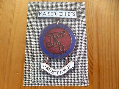 KASIER CHIEFS - Official  I Predict A Riot  UK Release Sticker 2004 - NEW • 1.99£