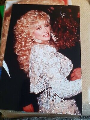 Dolly Parton Photo - 6 X 4 Inches  • 0.99£