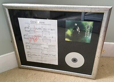 Rare ROBBIE WILLIAMS 'Come Undone' Signed Sheet Music & CD Wonderfully Framed. • 150£