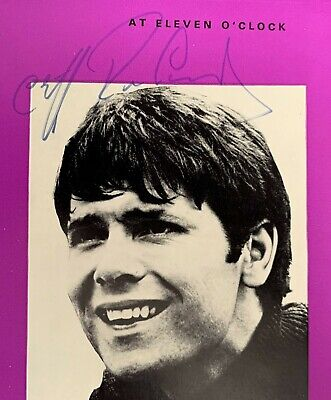 Signed Talk Of The Town Programme By Cliff Richard 1st June 1968 Great Autograph • 149.99£