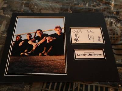 Lonely The Brave Hand Signed 16 X 12 Photo Mount Photo Things Will Matter  • 41.99£