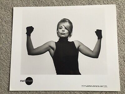 Mari Wilson  1991 Dino Records Promotional Photograph 8  By 10   • 4.50£