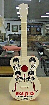The Beatles New Sound Guitar - Selcol • 9.99£
