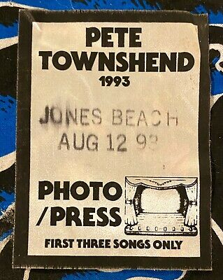 Pete Townshend - The Who - Jones Beach Theatre - August 12, 1993 - Photo/press  • 71.53£