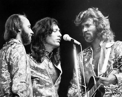 The Bee Gees Fantastic BW 10x8 Photo • 5.99£
