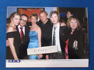 Original Press Photo - 8 X6  - STING & Elvis Costello & Beck & Trudie - 2004 • 9.99£