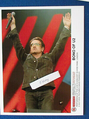 Original Press Promo Photo - 10 X8  - BONO - U2 - 2005 - B • 19.99£