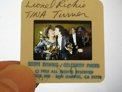 Original Press Photo Slide Negative - Lionel Richie & Tina Turner - 1985 • 25.99£