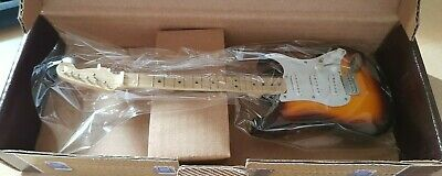Atlas Editions Buddy Holly Stratocaster - Fender - Replica - With Stand - Boxed • 0.99£