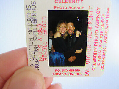 Original Press Photo Slide Negative - Lionel Richie & Carly Simon - 1994 • 25.99£