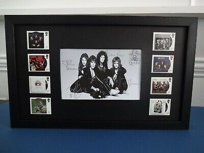 New 8 Queen Stamps Issued By The Royal Mail Presented In A Black Frame • 26.99£