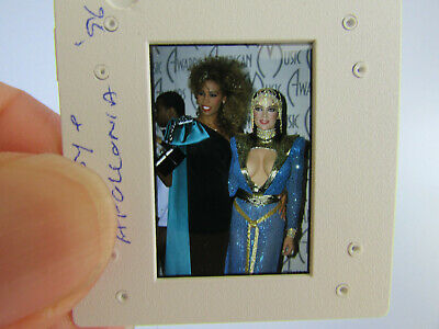 Original Press Photo Slide Negative - Whitney Houston & Apollonia - 1996 - B • 21.99£