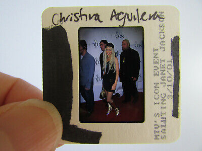 Original Press Photo Slide Negative - Christina Aguilera - 2001 - Q • 21.99£