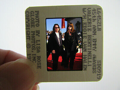 Original Press Photo Slide Negative - Eddie Van Halen & Valerie Bertinelli - C • 25.99£