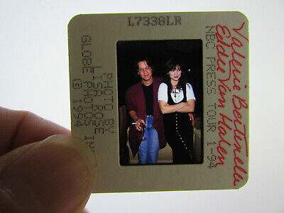 Original Press Photo Slide Negative - Eddie Van Halen & Valerie Bertinelli - D • 25.99£