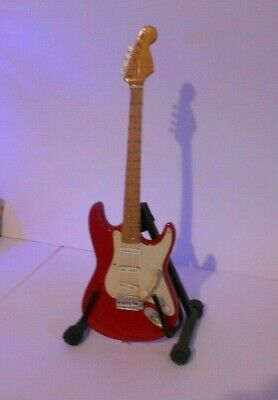 Vintage Fender Style Replica Wooden Red Guitar 9.5  With Stand • 7.99£