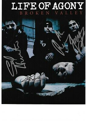 Life Of Agony Hand Signed By All The Band 10 X 8 Inch Colour Photograph. Coa • 19.99£