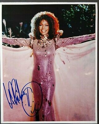 Whitney Houston Signed Photo • 200£