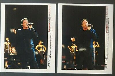 Tom Jones Press Photos From Hyde Park, London 2001 X2 • 5£
