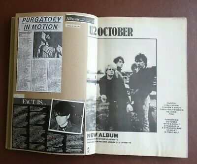 U2 Press Cuttings In 2 Scrapbooks • 10£