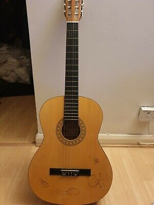 Coldplay Signed Guitar, Signed By Chris, Jonny, Will And Guy • 100£