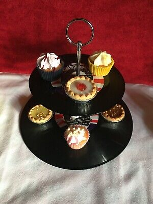 2 Tier Vinyl Cup Cake Stand - SEX PISTOLS  - GOD SAVE THE QUEEN -  PUNK  • 24.99£