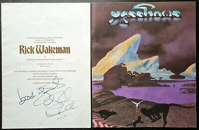 Rick Wakeman Signed Empire Pool Wembley (1975) Programme + Yes Programme • 22£