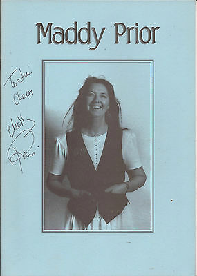 Maddy Prior Autographed Booklet 14 Pages Inc Discography Etc • 25£