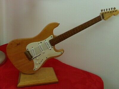 Fender Stratocaster Hand Made Model Guitar Replica Authentic Model 18 Inch • 44£