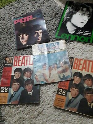 The Beatles In America And 4 Other Magazine / Book  • 12£