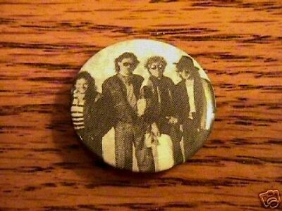 Van Halen  Button    New!  Rock & Roll!   • 22.04£