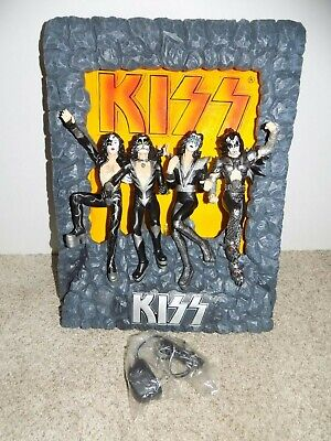 Kiss Wall Fountain With Adapter In Original Box • 73.62£