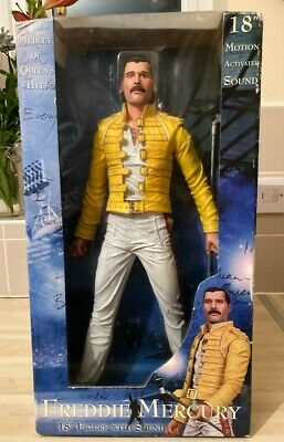 Freddie Mercury Queen 2006 Neca Figure Magic Tour 1986 Wembley Doll Sealed Box • 58£