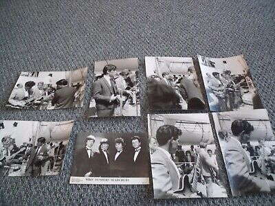 Johnny Vallons & The Dee Jays/searchers 8 Black/white Photos • 3.99£