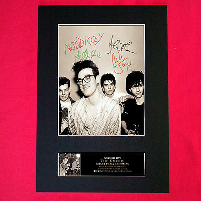 THE SMITHS Mounted Signed Photo Reproduction Autograph Print A4 115 • 18.99£