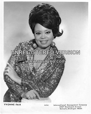 Yvonne Fair 10  X 8  Photograph No 1 • 3.50£