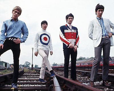 The Who 10  X 8  Photograph No 7 • 3.50£
